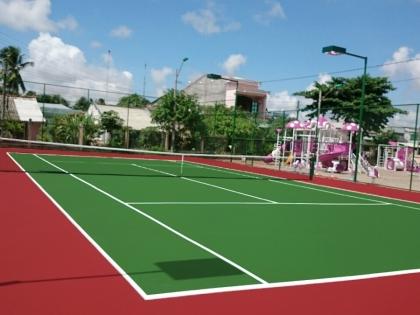 thi cong san tennis tra vinh 2