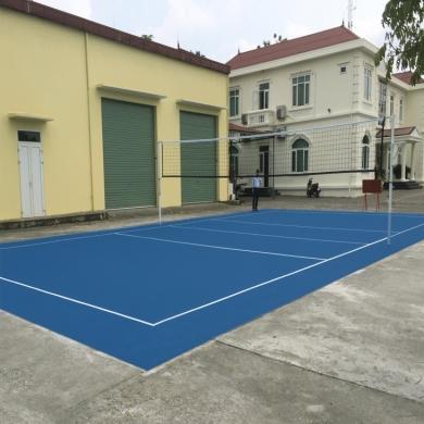 sơn sân bóng chuyền với 5 lớp sơn cao su nền nhựa cũ với sơn novasports usa.